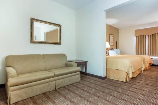 Quality Inn & Suites Patriots Pt. Hotel