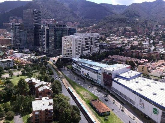 Centro Comercial Santa Ana