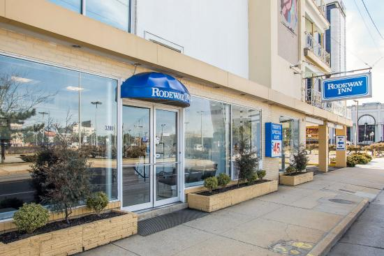 Rodeway Inn Oceanview: Exterior
