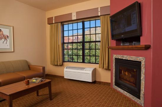 Sedona Real Inn and Suites: 1.5_King/King_Suite