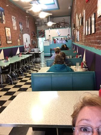 Main Street Diner: photo2.jpg