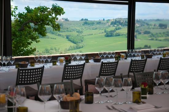 Montespertoli, Italië: Ristorante con vista