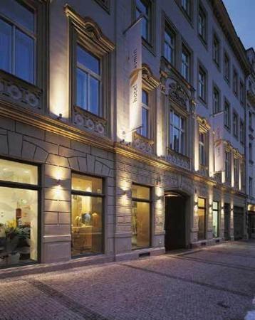 Hotel Yasmin: Front