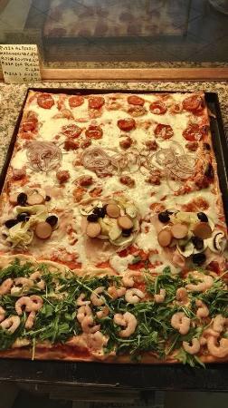Ristorante Pizzeria 7 In Prato Con Cucina Pizza E Pasta