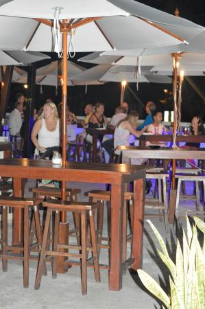 Rockley, Barbados: Relaxing area for lounging and dining.