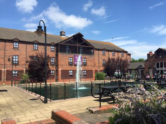 Premier Inn Furzton Lake Restaurant