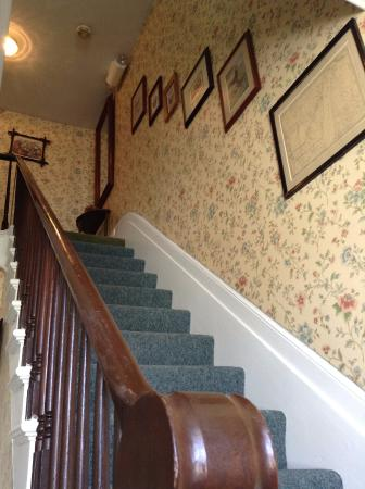 Haan's 1830 Inn: Stairs to William Ferry Room
