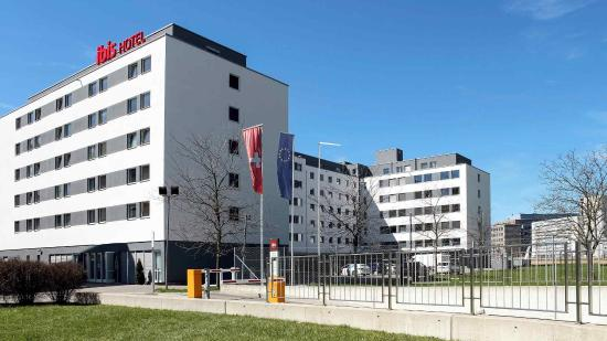 ibis Zurich Messe Airport