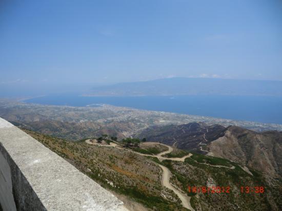 Province of Messina, Włochy: Messina - Santuario di Dinnammare.