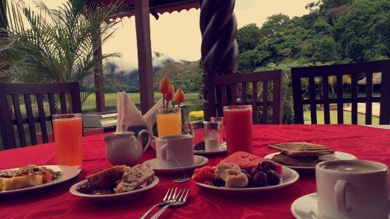 Laguna Volcan Golf Eco Resort