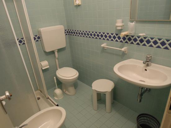 Immagini Bagni Con Box Doccia.Bagno Con Box Doccia Foto Di Hotel Rio Cesenatico Tripadvisor