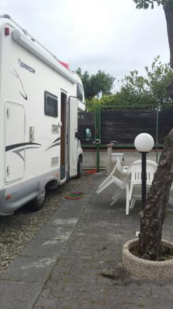 Area Attrezzata Camper, Parking Lagani