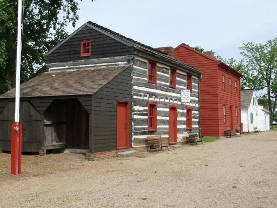 ‪‪Vincennes State Historic Sites‬: Cute buildings at the Vincennes State Historic Site‬