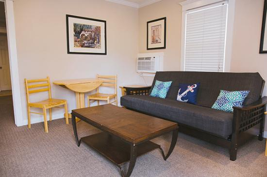Coronado Inn: Living area in the Large kitchen unit with Memory foam day beds for extra seating