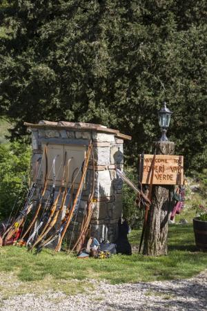 Castellina In Chianti, Italia: welcome to Chianti 3D Archery Range
