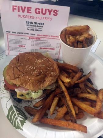 Five Guys Little Bacon Cheeseburger With Everything All The Way Cajun Fries