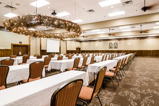 Grand Ballroom Picture of Clarion Inn Garden City Garden City
