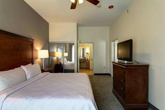 Homewood Suites by Hilton Oklahoma City-West: King Accessible