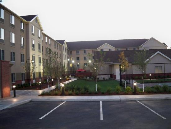 Medford, OR: Hotel Exterior