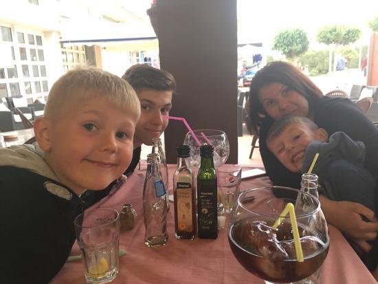 El Pirata Restaurant : photo0.jpg