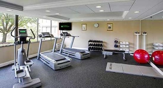Wyndham Garden Philadelphia Airport : Fitness Center