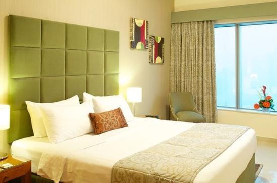 Al Salam Hotel Suites: Master Bedroom 3Bedroom Apartment