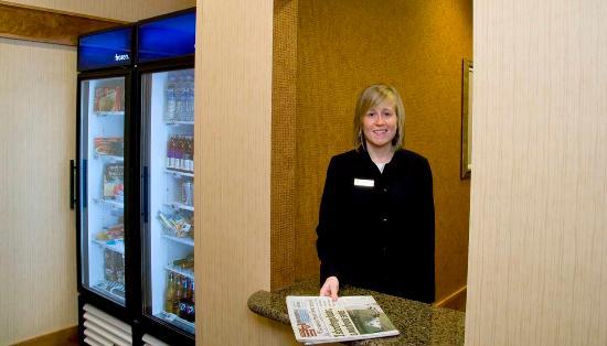 Homewood Suites Madison West: Suite Shop