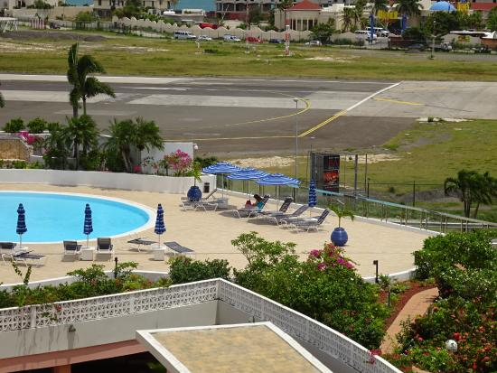 Royal Islander Club La Terrasse Resort Photo