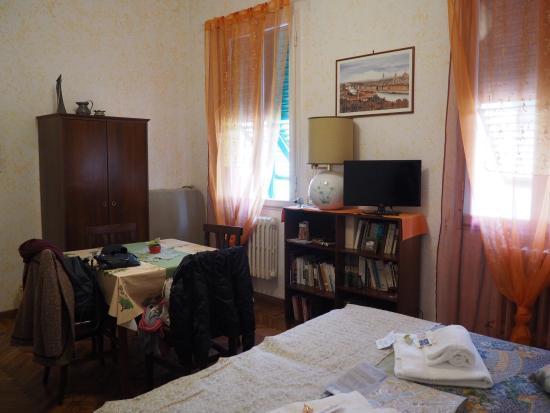 B&B Tre Gigli Firenze: The Grande room. Homey and very beautiful.