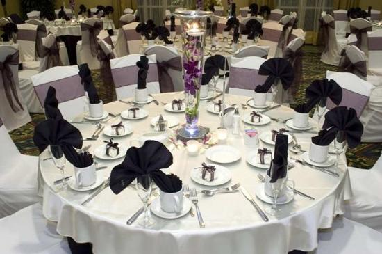 Fontana, CA: Weddings