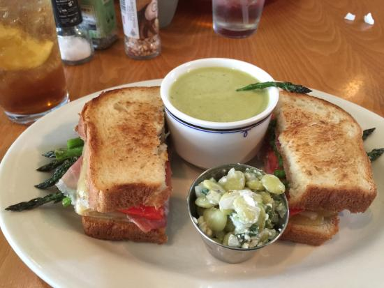 Southwind Pizza: Grilled cheese with asparagus soup was a special this day