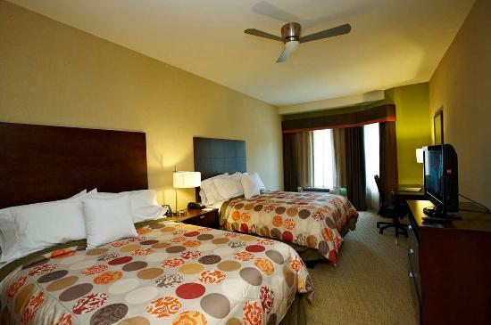 Hoover, ألاباما: Two Queens Bedroom