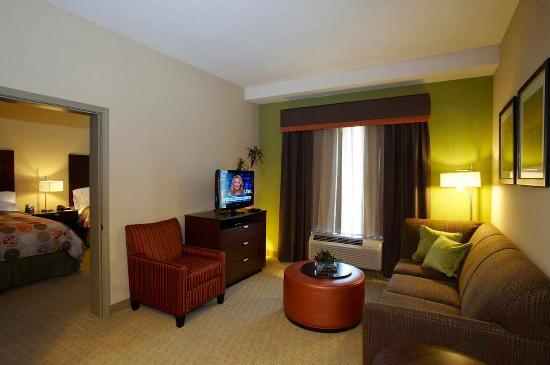 Hoover, ألاباما: Two Queens Suite