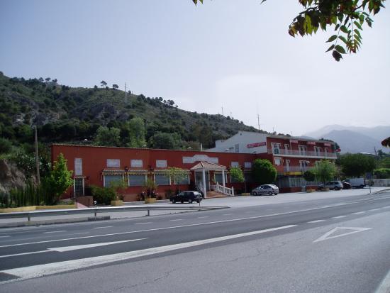 Padul, สเปน: FACHADA DEL RESTAURANTE