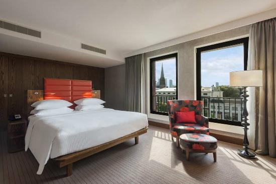 Hilton The Hague: King Executive Studio
