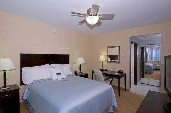 Homewood Suites by Hilton - Port St. Lucie-Tradition: One Bedroom Bed