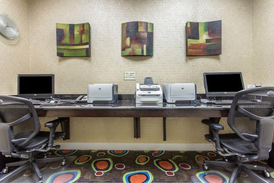Comfort Suites Florence: Business Center