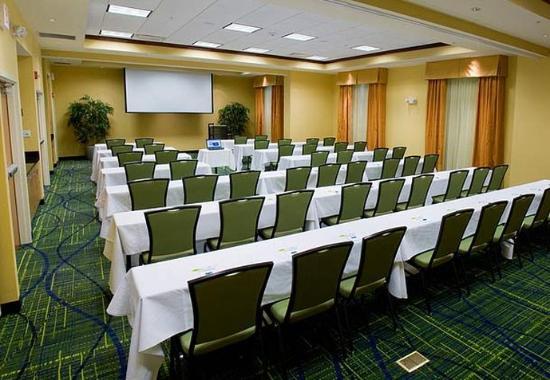 เวสต์เวอร์วิลล์, โอไฮโอ: Carnation Meeting Room