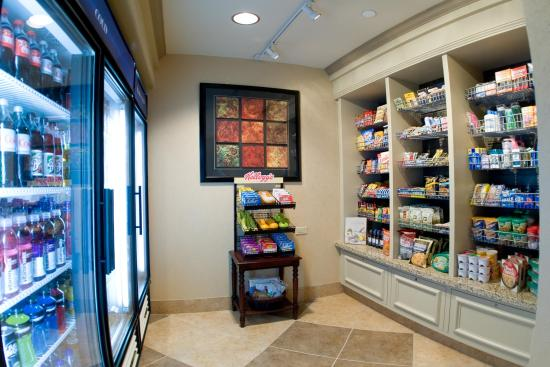 Hilton Garden Inn Pensacola Airport -Medical Center: Pavilion Pantry