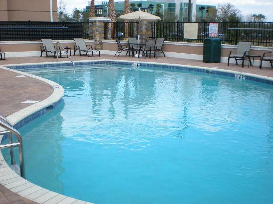 Riverview, FL: Outdoor Pool