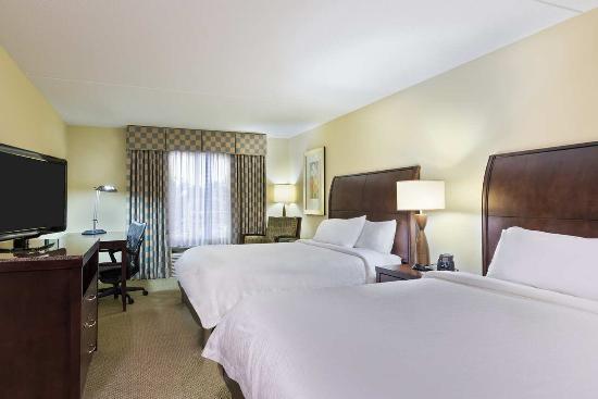 Hilton Garden Inn Waldorf: Guest Room - 2 Queen Beds