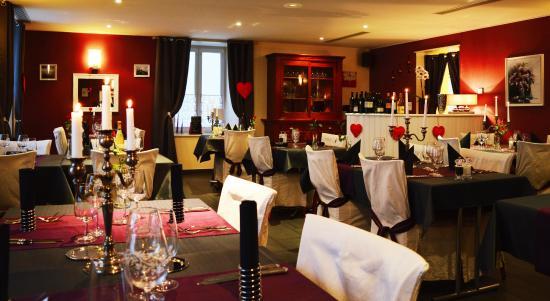 L'Hotel De Ville Des Verrieres