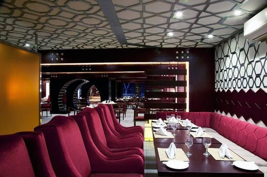 interior - picture of zucchini the mediterranean cafe, lahore
