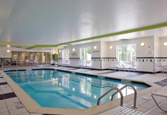 Commerce, GA: Indoor Pool