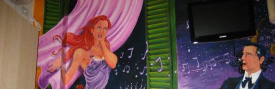 Ayres Portenos Tango Suites: Paredes decoradas