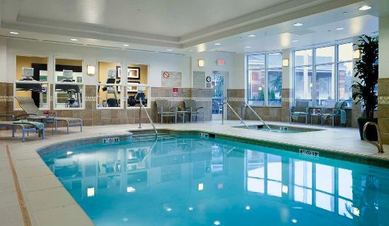 Springfield, Oregon: Indoor Heated Pool