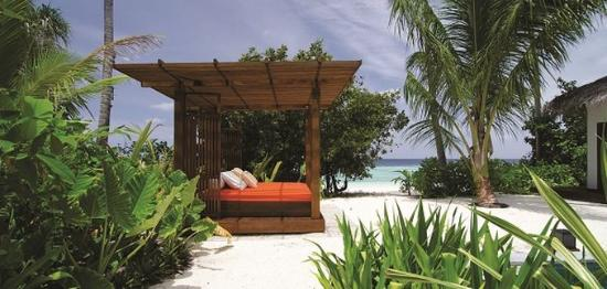 Jumeirah Dhevanafushi: Two Bedroom Beach Sanctuary Villa Exterior
