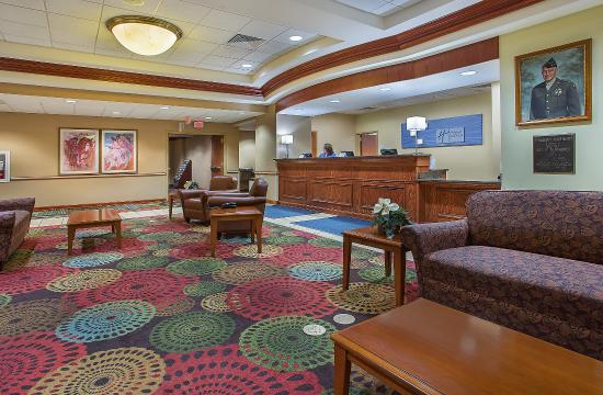 Fort Knox, KY: Holiday Inn Express - Newgarden Inn