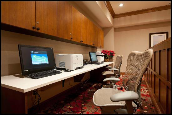 Hilton Garden Inn Clifton Park : Business Center