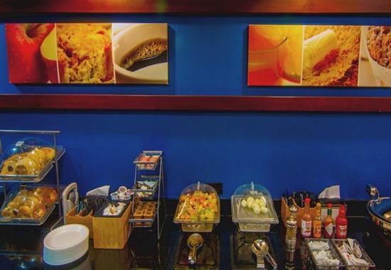 Tulare, Californië: Breakfast Buffet